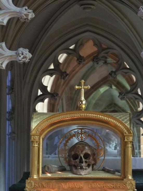Die Reliquie des Hl. Yves
