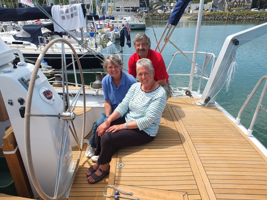 An Bord der schönen Yacht