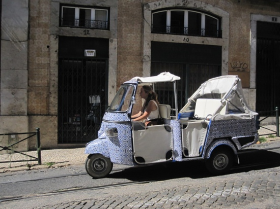 Dreirad im Azulejo-Look