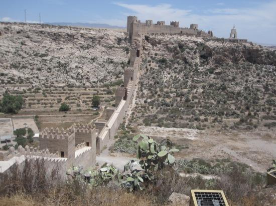 Die Mauern der Alcazaba