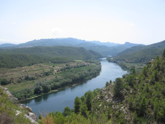 Das Tal des Ebro bei Miravet
