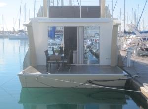 Ein Hausboot als Nachbar