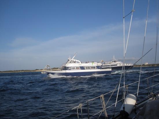 Fährverkehr im Puerto de la Savina