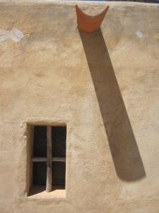 Fenster und Regenkachel